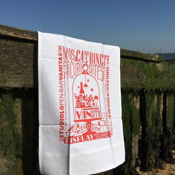 torchon, napkin, serviette de table, nappe, serviette de sommelier, cabinet de curiosités, patrimoine viticole