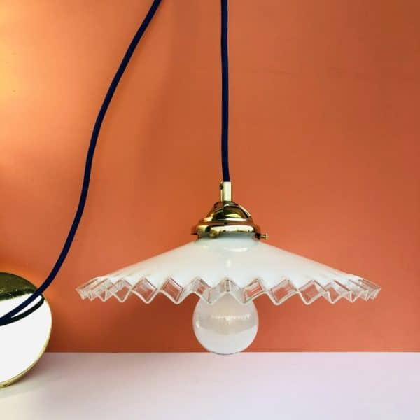 luminaire, suspension, opaline, opaline blanche, opaline ancienne, luminaire vintage
