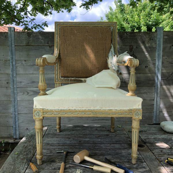 decoration classique, fauteuil Louis XVI, fauteuils à la reine, décoration vintage