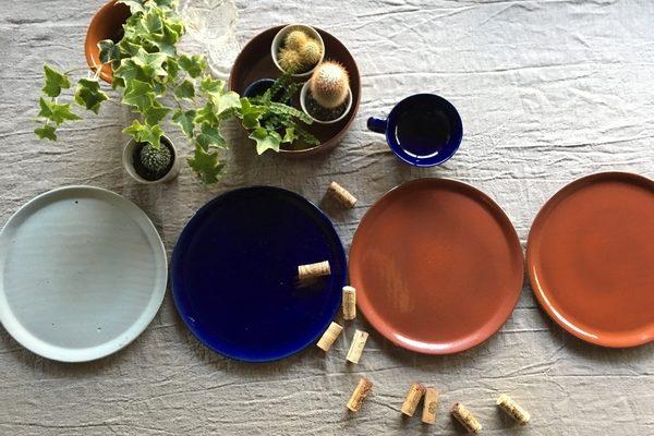 art de la table, céramique, vaisselle, artisanat, assiette unique, cuisine, cuisine authentique, cuisine raffinée
